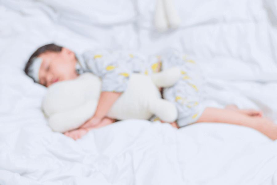 tinh dầu giúp hạ sốt cho bé