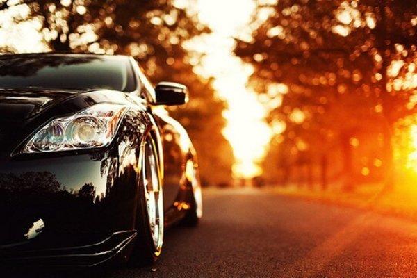 tinh dầu treo thơm xe ô tô